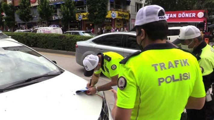 Caddelerde Park İhlaline Ceza Başladı