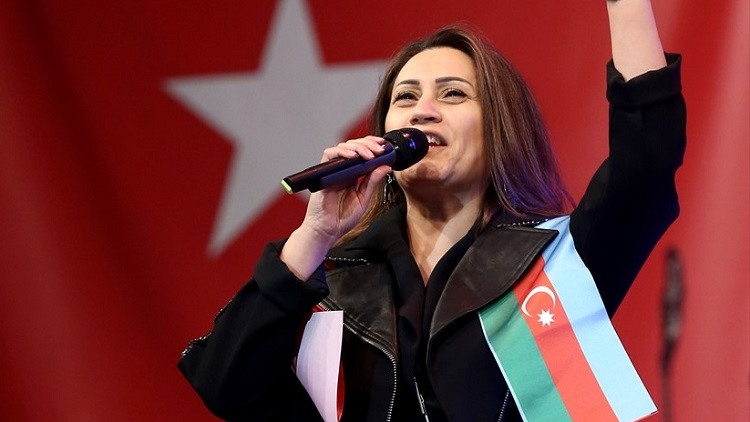 AZERİN ÇORUM'DA KONSER VERECEK