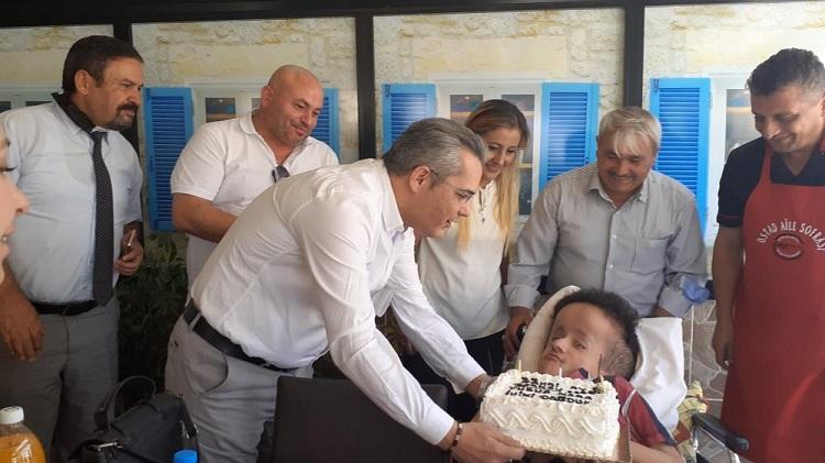 Berkay'a sürpriz doğum günü