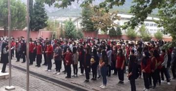 Okulda iki sınıf karantinaya alındı