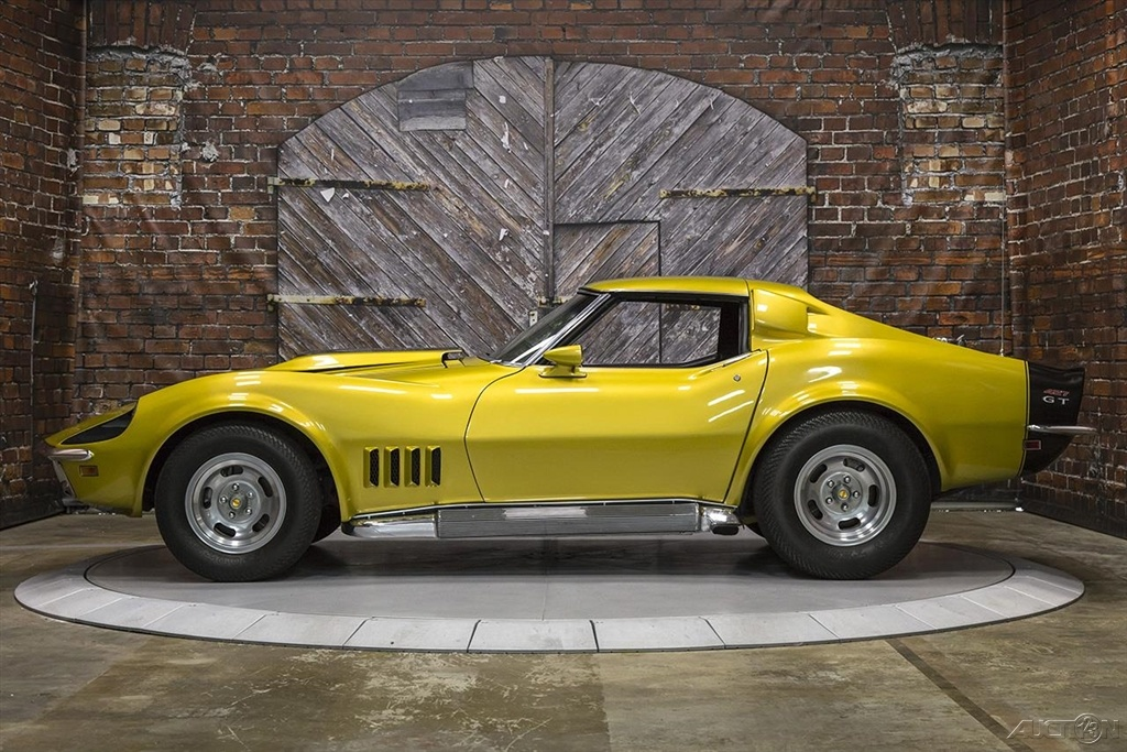 1969-Chevrolet-Corvette-Baldwin-Motion-Phase-III-GT