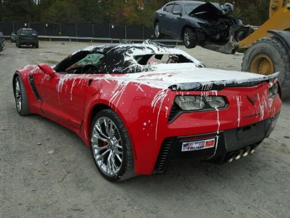 [VANDALISM] 2015 Corvette Z06 Convertible Gets a Paint Job