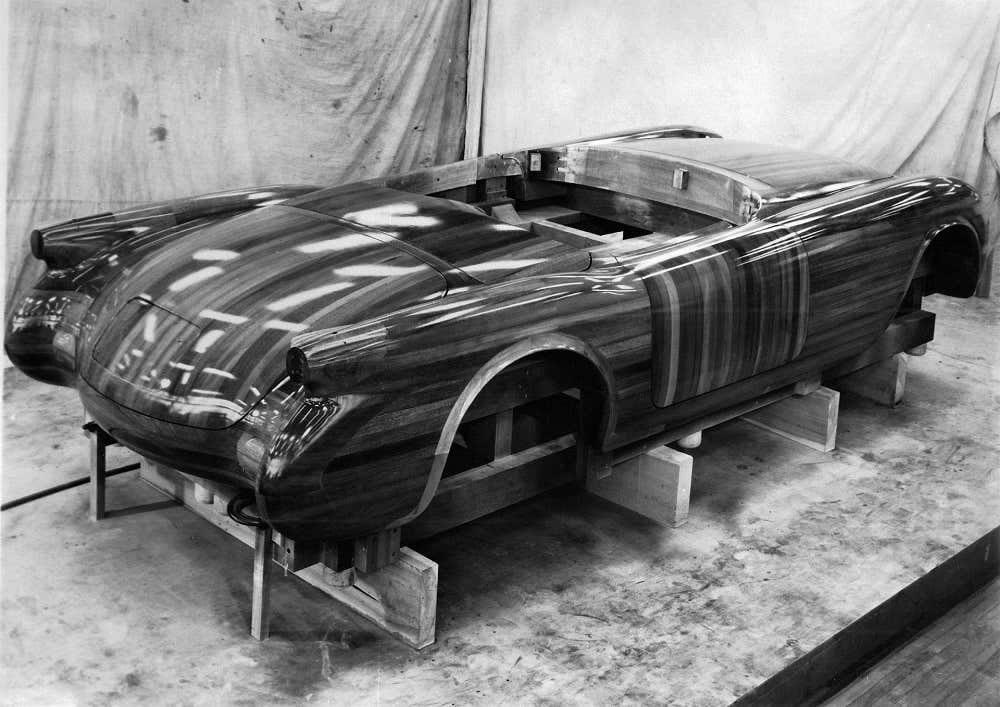 Polynesian Mahagony Body Buck for the 1953 Corvette