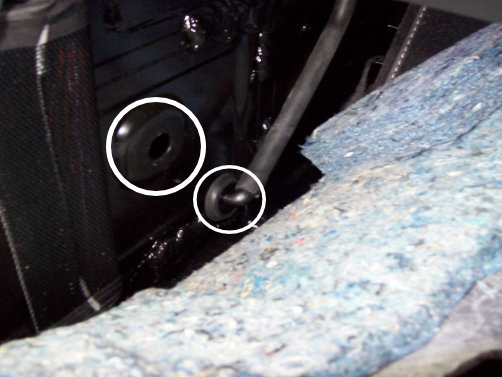 2020 - 2021 Corvette: #N212327740: Service Update - HVAC Condensate Drain Hose Not Fully Installed - (Mar 10, 2021)