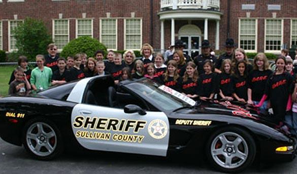 Sullivan County NY's Black and White DARE Corvette