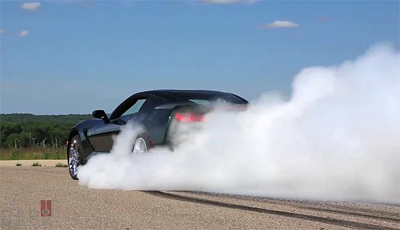 [VIDEO] 2014 Chevrolet Corvette Stingray Burnout with Tony Stewart