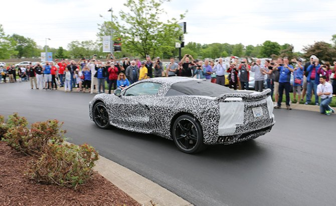 [VIDEO] The C8 Mid-Engine Corvette Makes A Drive-By Appearance at the NCM Bash
