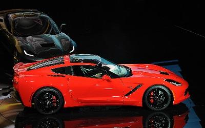 Corvette-C7-unveiling-400x250.jpg