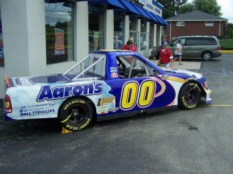 NASCAR-Ford-ShowTruck-former-Aarons.jpg