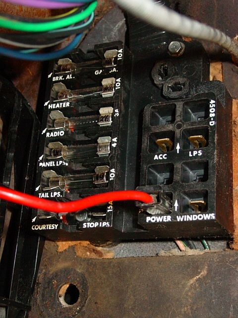 small resolution of fuse block anyone have a pic corvetteforum chevrolet corvette forum discussion