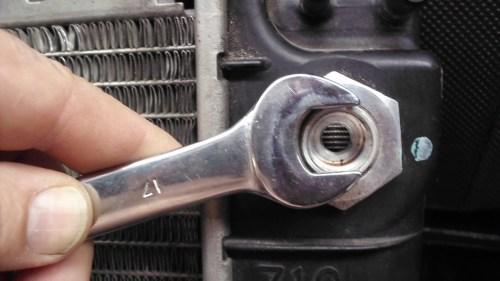 small resolution of radiator removal transmission oil cooler lines corvetteforum chevrolet corvette forum discussion