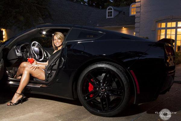 Ungrateful Girlfriend with C7 Corvette Stingray Home