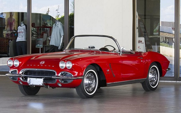 1962 Convertible Corvette