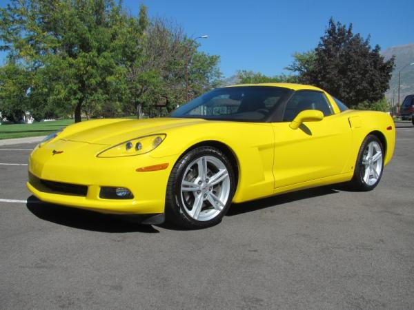2009 Chevrolet Corvette 2LT Coupe in Yellow (5)