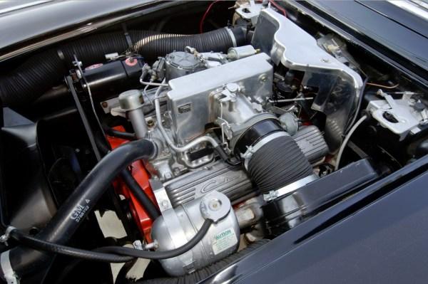 1962 Chevrolet Corvette (C1) with RPO 687 (4)