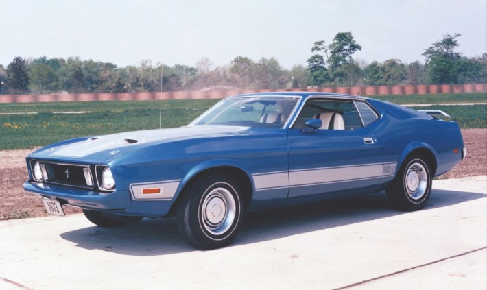 1973_Ford_Mustang_Mach1