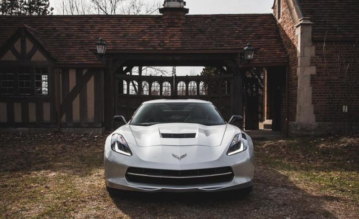 2014-chevrolet-corvette-stingray-coupe-z51-photo-659613-s-986x603