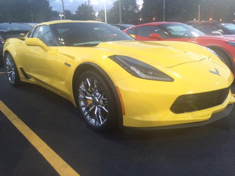 2017-chevrolet-corvette-c7-z06-body-color-inserts-12