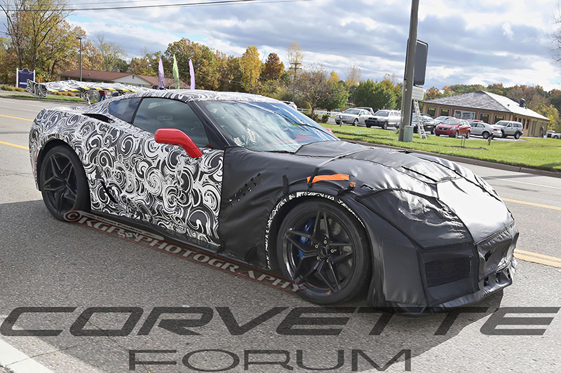 c7-corvette-zr1-with-big-wing-13