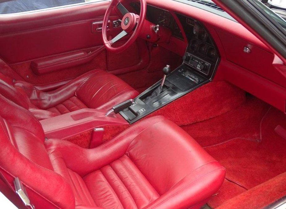 Duntiv Corvette Interior