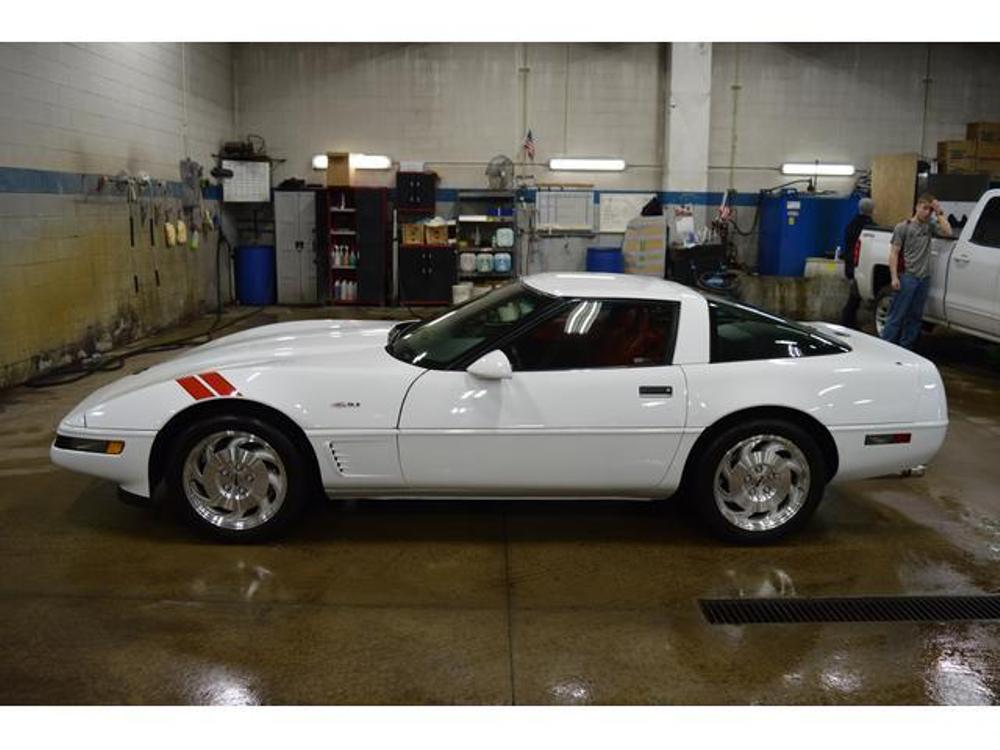 Low-Mileage C4 Corvette Subject to Tacky Modifications
