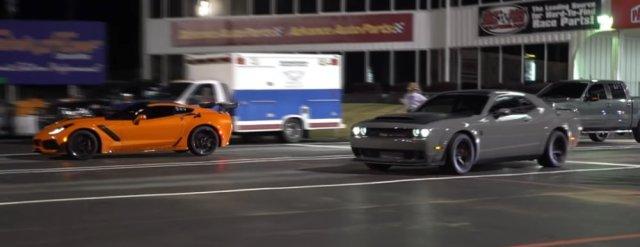Corvette ZR1 Vs Demon