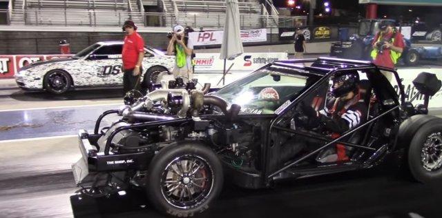 Leroy Corvette Vs Nissan 240