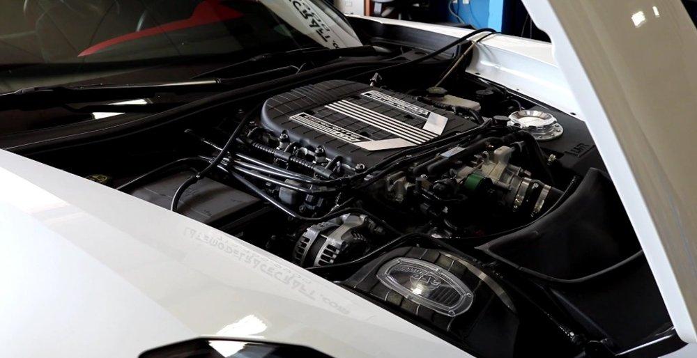 LMR800 Corvette Z06 Engine