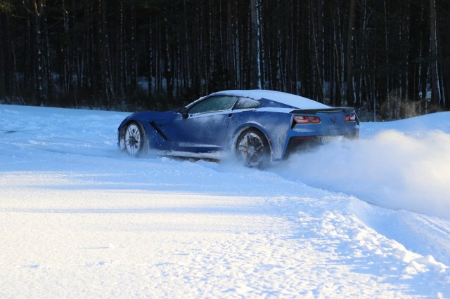 Corvette Winter Driving, Powered by OnStar