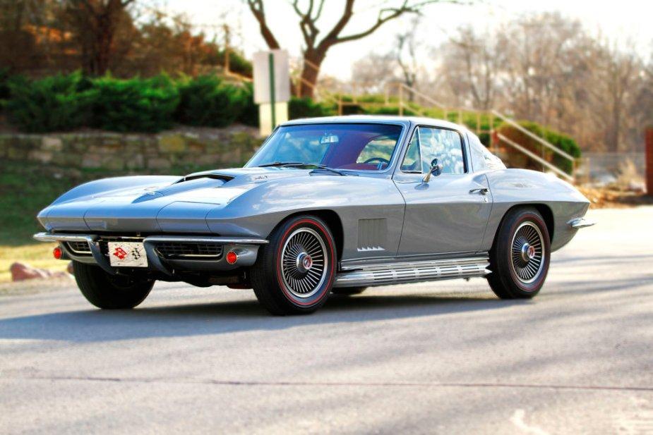 1967 Corvette L71 Front Corner
