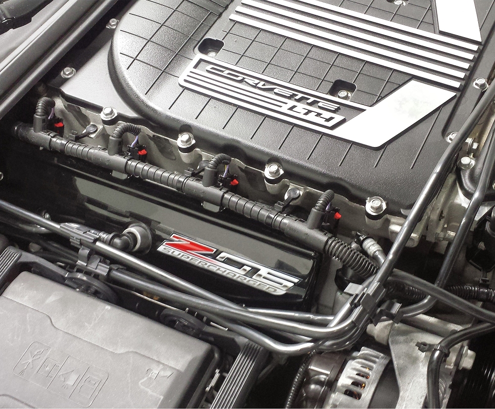 hight resolution of c7 corvette painted fuse box cover