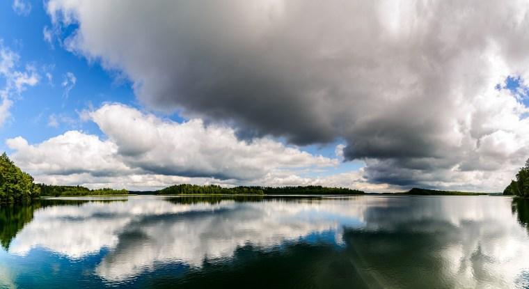 lake-1609596_1920