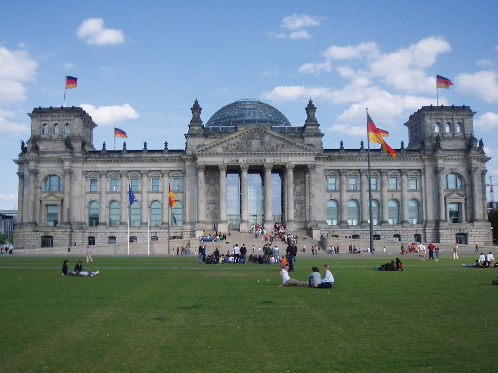 Weekend a Berlino, Capitale vivace