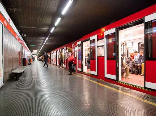 La Metro in funzione 24 ore nel weekend e gratuita per i più giovani