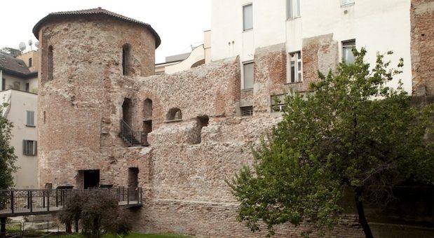 Le Torri romane e il Monastero Maggiore