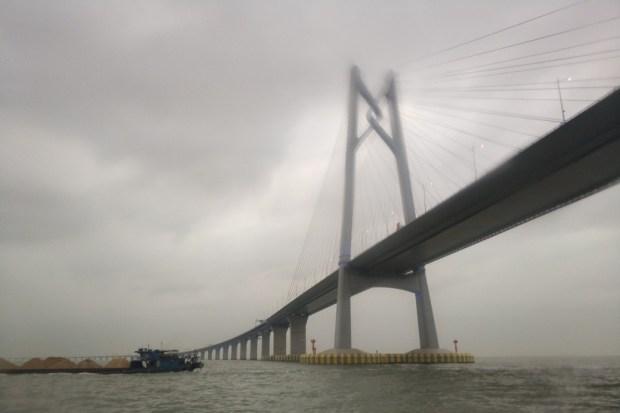 Inaugurado el puente marítimo más largo del mundo: Hong Kong-Zhuhai-Macau