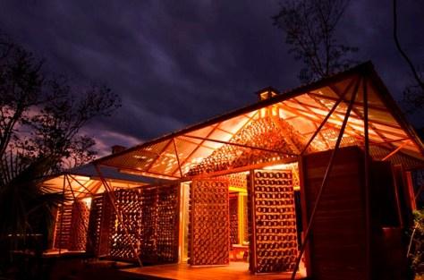 Vivienda en bambú por el arquitecto Benjamín García