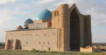 Kazakhstan_mausoleo di Yasui