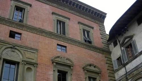 storia-finestra-aperta-firenze