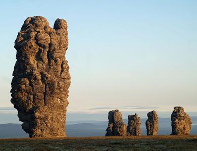 i-7-monoliti-giganti-in-russia