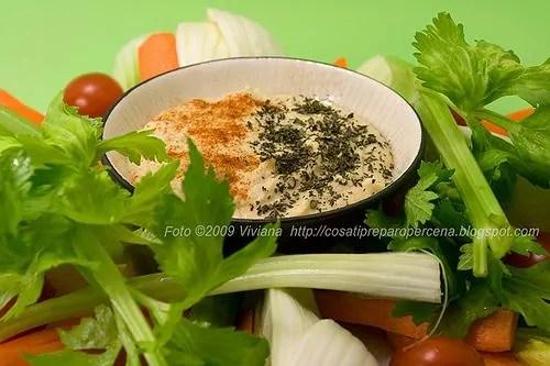 Un Hummus con verdure per consolarmi…