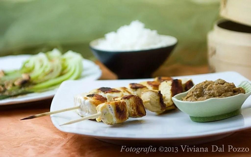 pollo e salsa satay