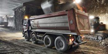 foto-E: Lavori di scavo per la nuova ferrovia