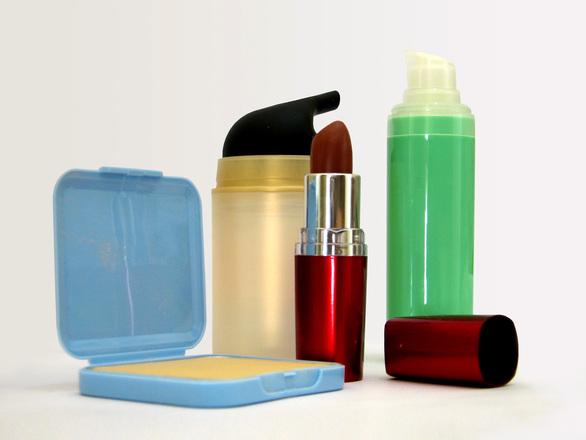 Setor de higiene pessoal, perfumaria e cosméticos fechou 2016 com queda real de 6%