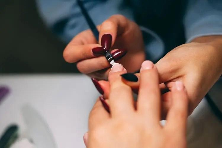gel甲機會灼傷真指甲?解構Gel甲長遠後遺癥和護理方法,自己gel甲都要注意!