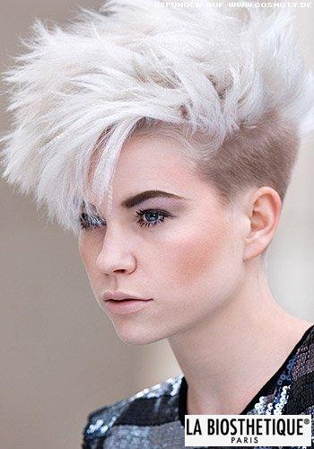 Frisuren Bilder Extrovertiert gestylter Undercut in