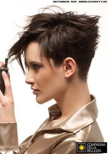 Frisuren Bilder Kurzes Haar mit frech betontem Hinterkopf  Frisuren Haare