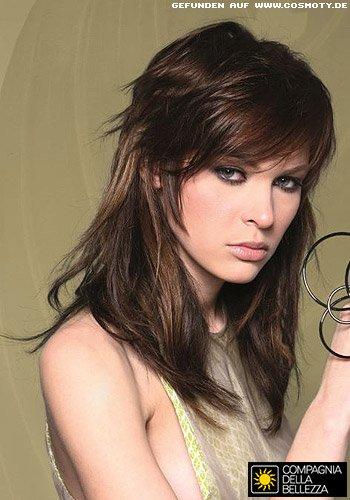 Frisuren Bilder Langes Haar mit stark gestuftem Oberkopf  Frisuren Haare