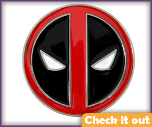 Deadpool-costume-belt-buckle