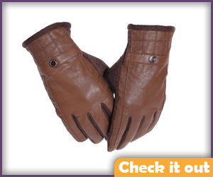Light Brown Gloves.